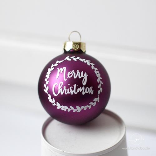 Kranz Aus Weihnachtskugeln.Merry Christmas Mit Kranz
